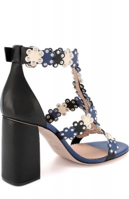 Кожаные босоножки с заклепками на устойчивом каблуке