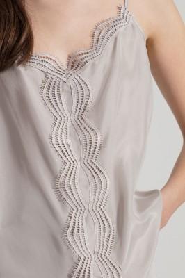 Блузка из смесового шелкового кружева