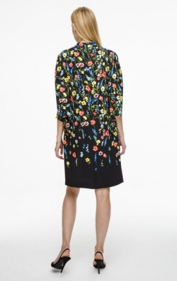 Платье свободного кроя с V-образным вырезом и принтом