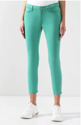 Укороченные джинсы-скинни