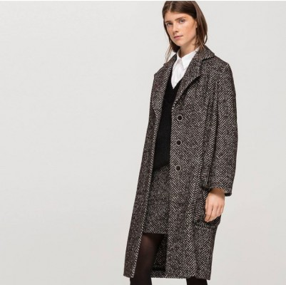 Пальто с рисунком в елочку