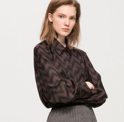 Блузка с принтом в елочку