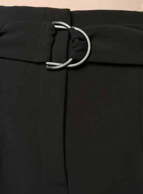 брюки строгого кроя с поясом